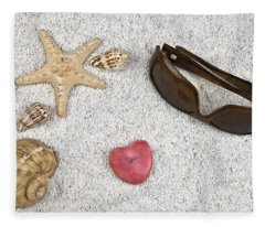 Seastar And Shells Fleece Blanket