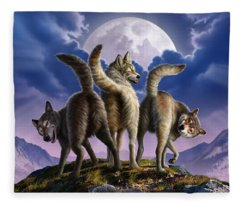 3 Wolves Mooning Fleece Blanket