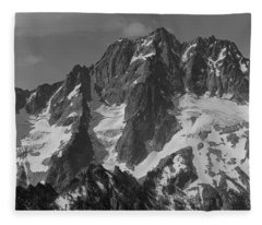 304630 Bw North Face Mt. Stuart Fleece Blanket
