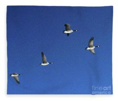 4 Geese In Flight Fleece Blanket