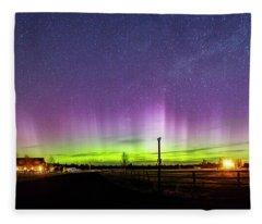 420 Aurora Fleece Blanket