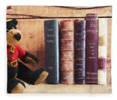 A Few Of My Favorite Things - Memories Art Fleece Blanket