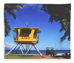 A Hawaiian Beach Day Fleece Blanket