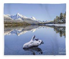 A Kiss Of Winter Fleece Blanket