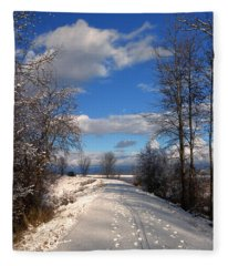 A Kootenai Wildlife Refuge Winter Fleece Blanket