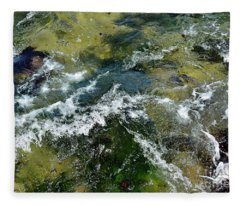 A Sparkling Ocean Palette Fleece Blanket