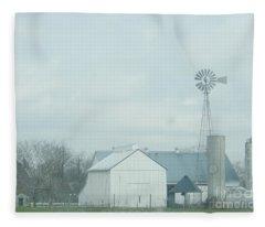 A Storm Moves In Fleece Blanket