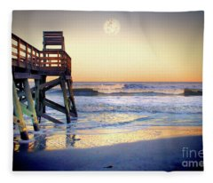 Ab Pier Moon2 Fleece Blanket