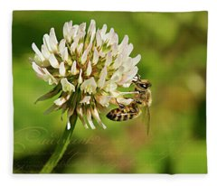 Abeille Fleece Blanket