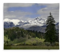 Absaroka Mts Wyoming Fleece Blanket