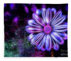 Abstract Glowing Purple And Blue Flower Fleece Blanket