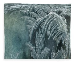 Abstract Ice Crystals Fleece Blanket