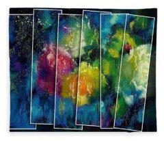 Abstract Roses Fleece Blanket