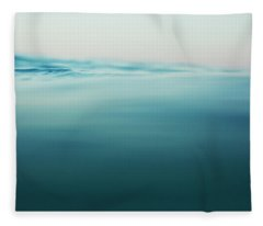Agua Fleece Blanket