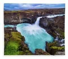 Aldeyjarfoss Fleece Blanket