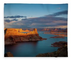 Alstrom Fleece Blanket