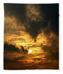 Alter Daybreak Fleece Blanket