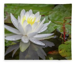 American White Water Lily Fleece Blanket