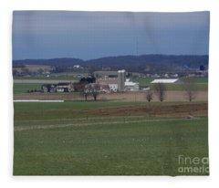 Amish Homestead 125 Fleece Blanket