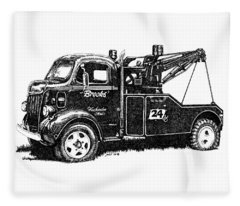 Antique Tow Truck Fleece Blanket