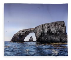 Arch Rock 2 Fleece Blanket