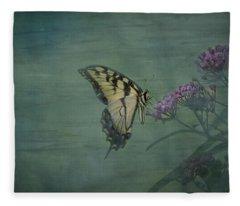 Artistic Eastern Tiger Swallowtail 2017-1 Fleece Blanket