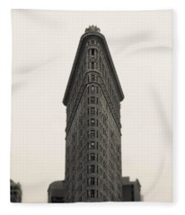 Flatiron Building - Nyc Fleece Blanket