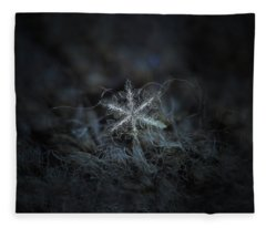 Leaves Of Ice Fleece Blanket