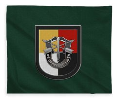 U. S.  Army 3rd Special Forces Group - 3  S F G  Beret Flash Over Green Beret Felt Fleece Blanket