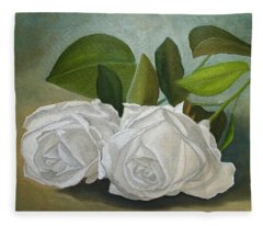 White Roses Fleece Blanket