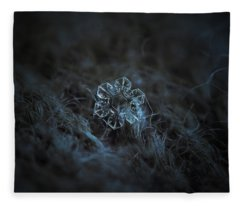 Snowflake Photo - The Core Fleece Blanket