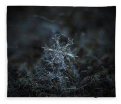 Snowflake Photo - Starlight Fleece Blanket