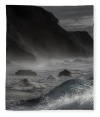 At The Sight Of The Wave Fleece Blanket