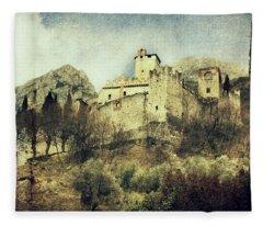 Avio Castle Fleece Blanket
