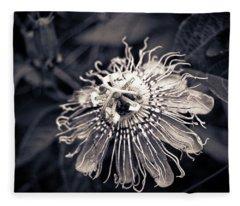 Clematis Flower Bloom Fleece Blanket