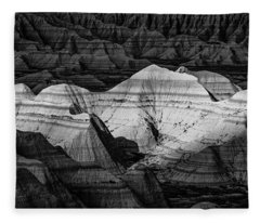 Badlands In Contrast Fleece Blanket