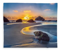 Oregon Sand Dunes Photographs Fleece Blankets