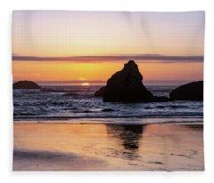 Bandon Glows Fleece Blanket