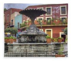Baratillo Plaza Fleece Blanket