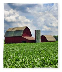 Barn In The Corn Fleece Blanket
