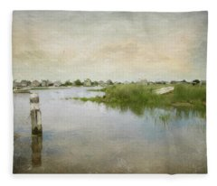 Basin Skiff Fleece Blanket