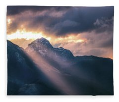 Beams Of Fire Fleece Blanket