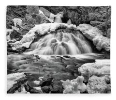 Bear's Den Waterfall Fleece Blanket