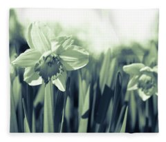Beautiful Daffodil Fleece Blanket