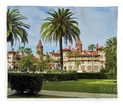 Beautiful Flagler College Fleece Blanket