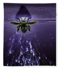 Bee Drilling Wood Fleece Blanket