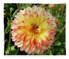 Bee In The Middle Fleece Blanket