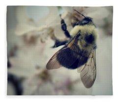 Nature Bee Fleece Blankets
