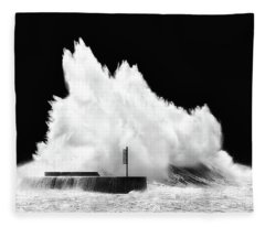 Big Wave Breaking On Breakwater Fleece Blanket