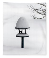 Bird Feeder In Snow Fleece Blanket